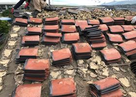 屋根の葺き替え工事作業イメージ