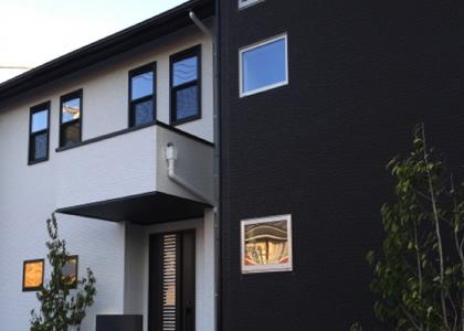 外壁リフォームした家の写真