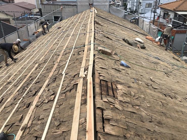 屋根下地の不陸調整