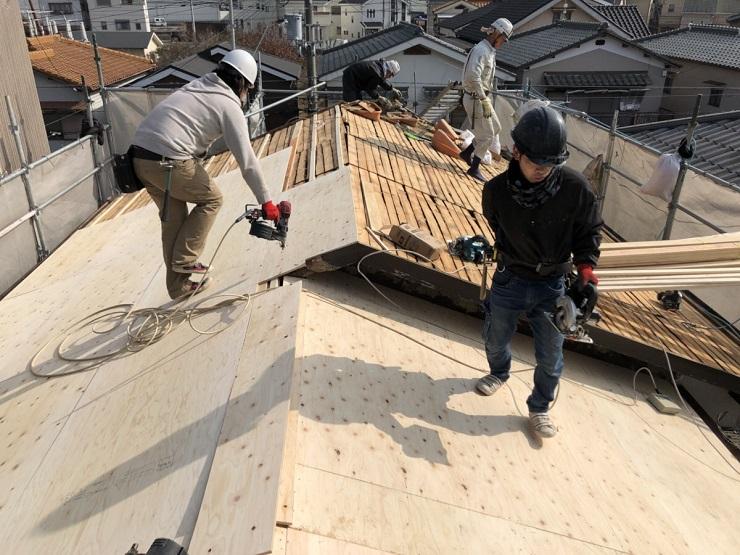 屋根下地の施工